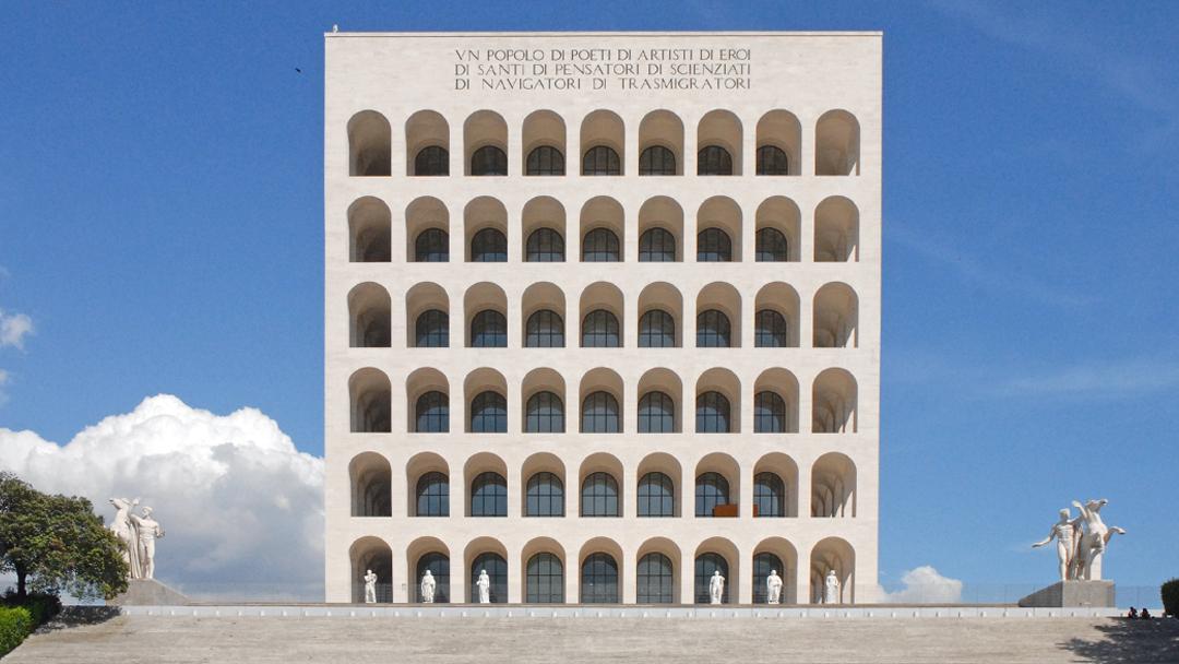 Einswerdung von Architektur und Diktatur: die überzeugten Faschisten des Razionalismo